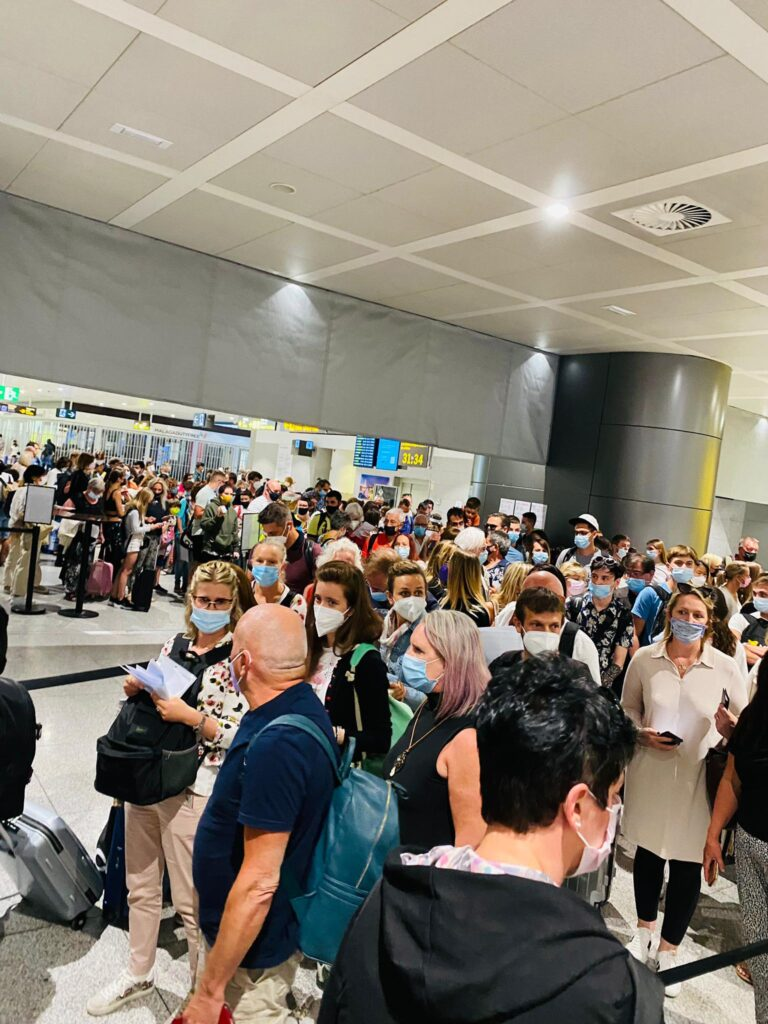 crowd airport 2