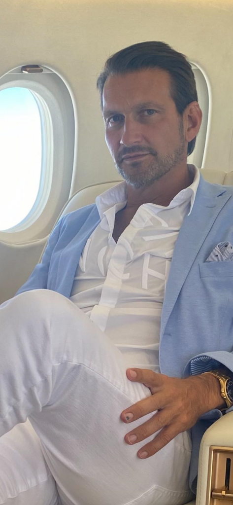 private jet look 1